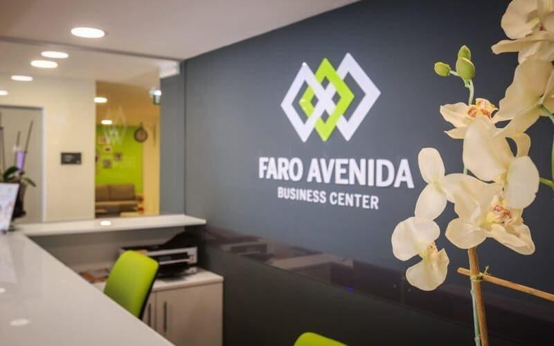 Faro Avenida 1